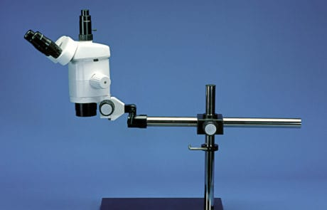 MDE GmbH - Small Vessel Wire Myograph Systems - Precision Stereo Zoom Microscope